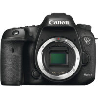 قیمت و خرید دوربین دیجیتال کانن مدل EOS 7D Mark II بدون لنز