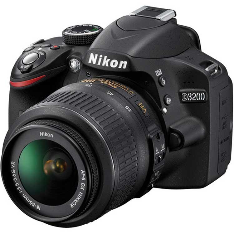 قیمت و خرید دوربین دیجیتال نیکون D3200 با لنز 18/55 VR ( کارکرده )