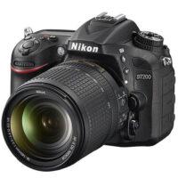دوربین دیجیتال نیکون D7200 با لنز 18-140 میلی متر ( کارکرده )